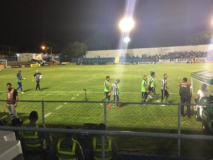 Guilherme Gonçalves  Guilherme agbReservas do Botafogo já se encaminham  para o banco. Em 10 minutos a bola rola.  tranibal 9e780e7926191