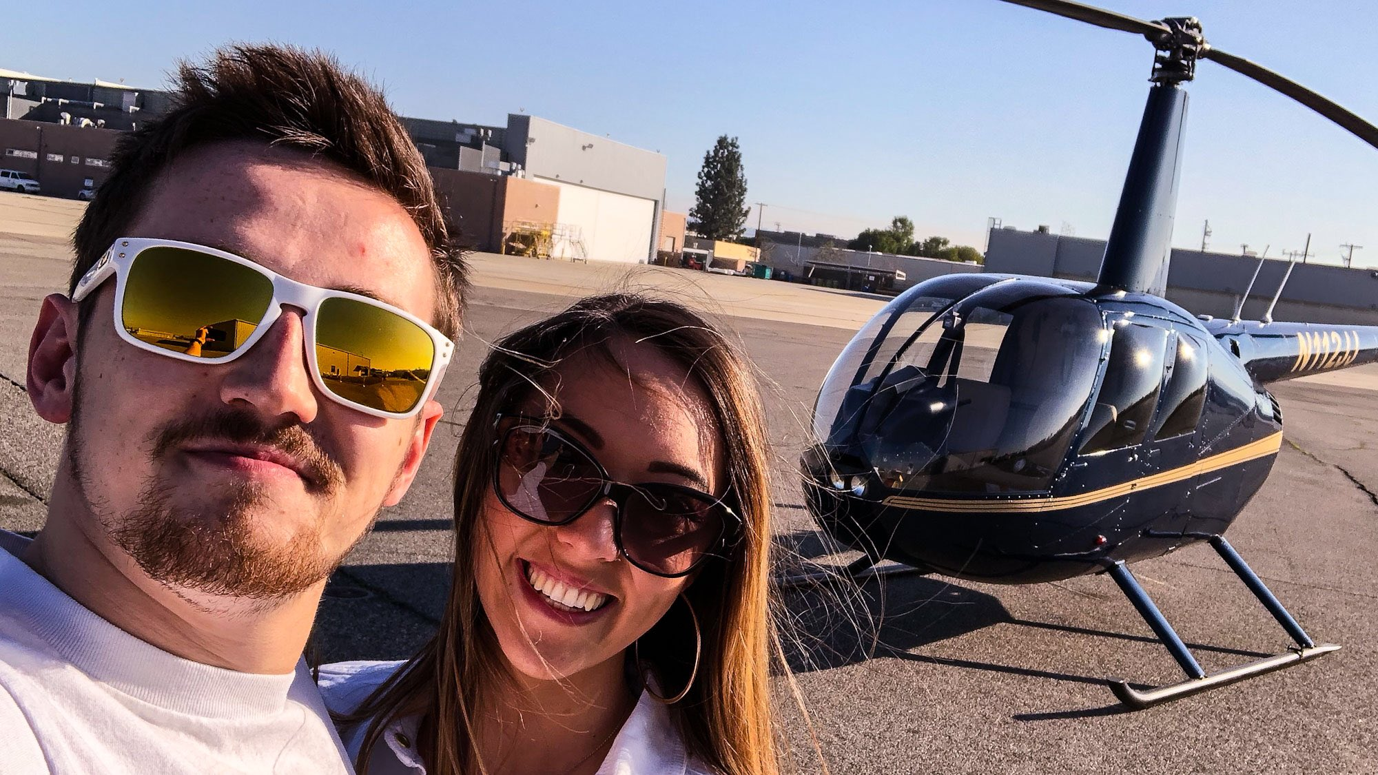 HELICOPTER SURPRISE FOR MY GIRLFRIEND!: https://t.co/kdmcEP7w4l via @YouTube https://t.co/P44sIDBvGa