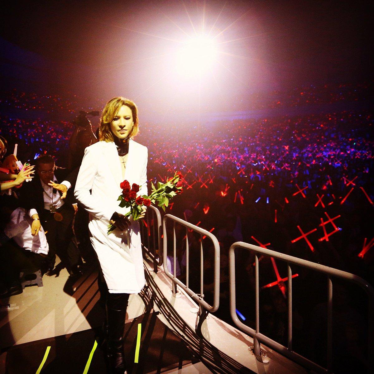 RT @YoshikiOfficial: #HappyValentinesDay ! Xx #バレンタイン https://t.co/Y0KQdkwqfK https://t.co/wGCRXQB4Oj