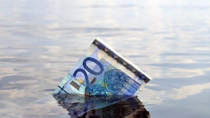 'Gooi alleen geld in de gracht dat je echt kan missen' - DNB waarschuwt beleggers https://t.co/CWWxZSrmAL https://t.co/6wMLf0zc73