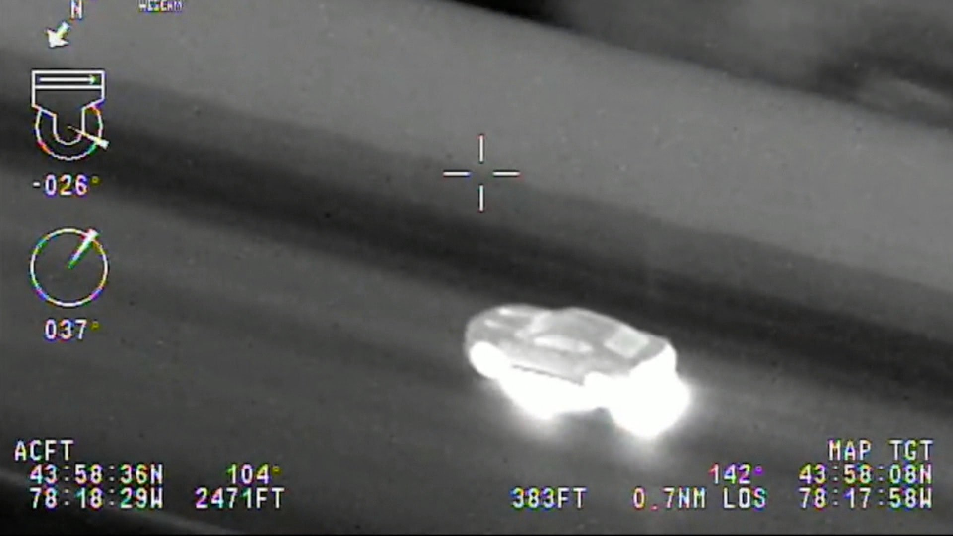 Suspect leads Durham police on longest-ever Ontario helicopter chase https://t.co/CWA9JF2rft https://t.co/lgIHD2O2vh