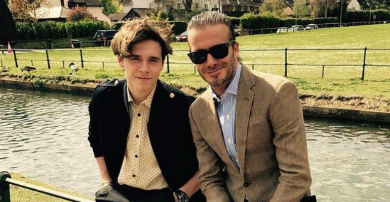 David Beckham. Foto do site da Caras Brasil que mostra Filho de David Beckham faz tatuagem em homenagem ao pai