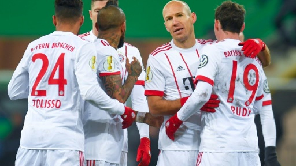 Robben, Ribery playing for new Bayern deals
