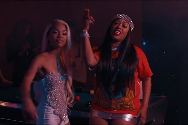 ".@MollyBrazy + @TRINArockstarr release their new remix video for ""Naan"" and it's ��: https://t.co/Kv1Nr6U2Kb https://t.co/hDXyZdjqGd"