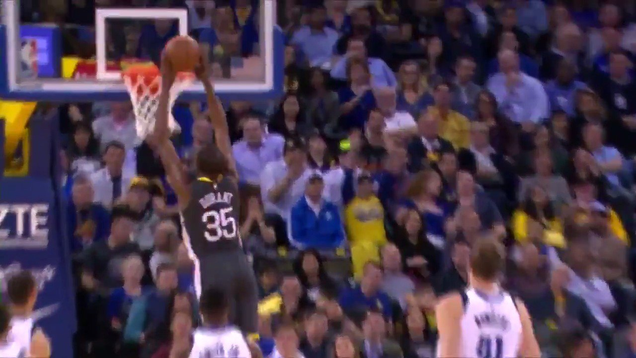 Miss the dunk show on #WarriorsGround earlier tonight? Catch all the highlights right here �� https://t.co/fZZU7axgTX