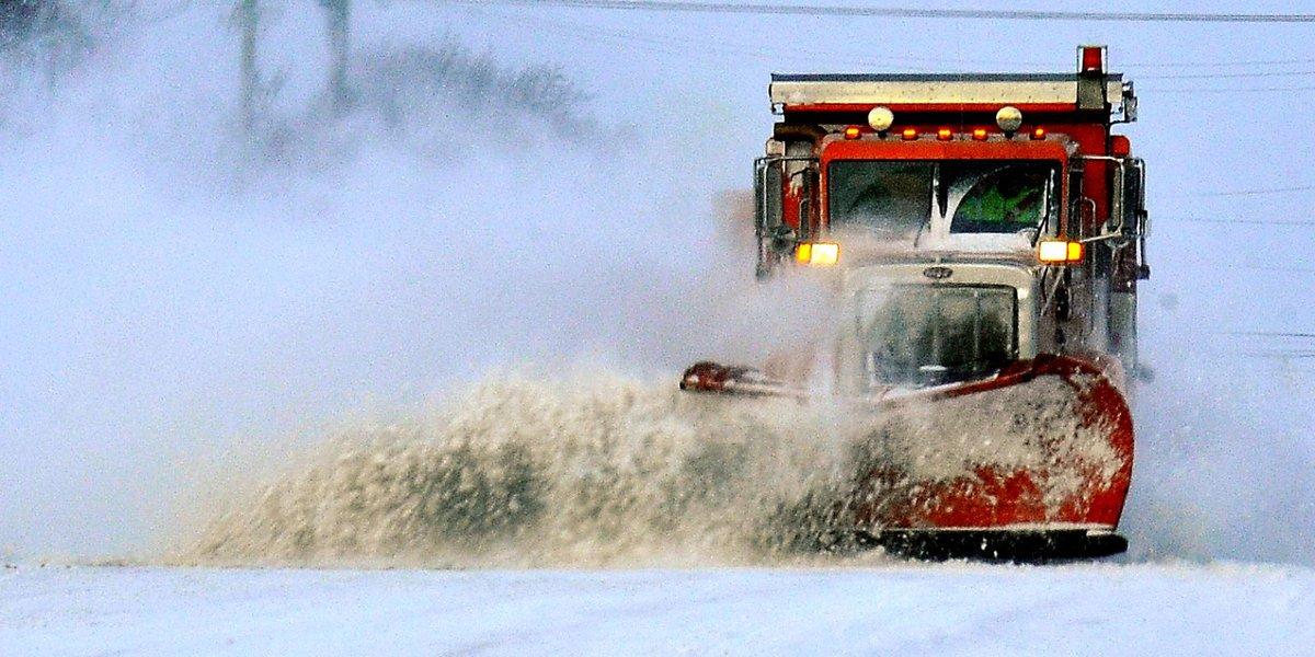 Winter storm warning: Snow blanketing Metro Detroit