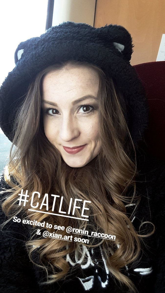 #catlife 🐈 such a lovely day with pretty views on my way up to Scotland today! Exciting weekend ahead