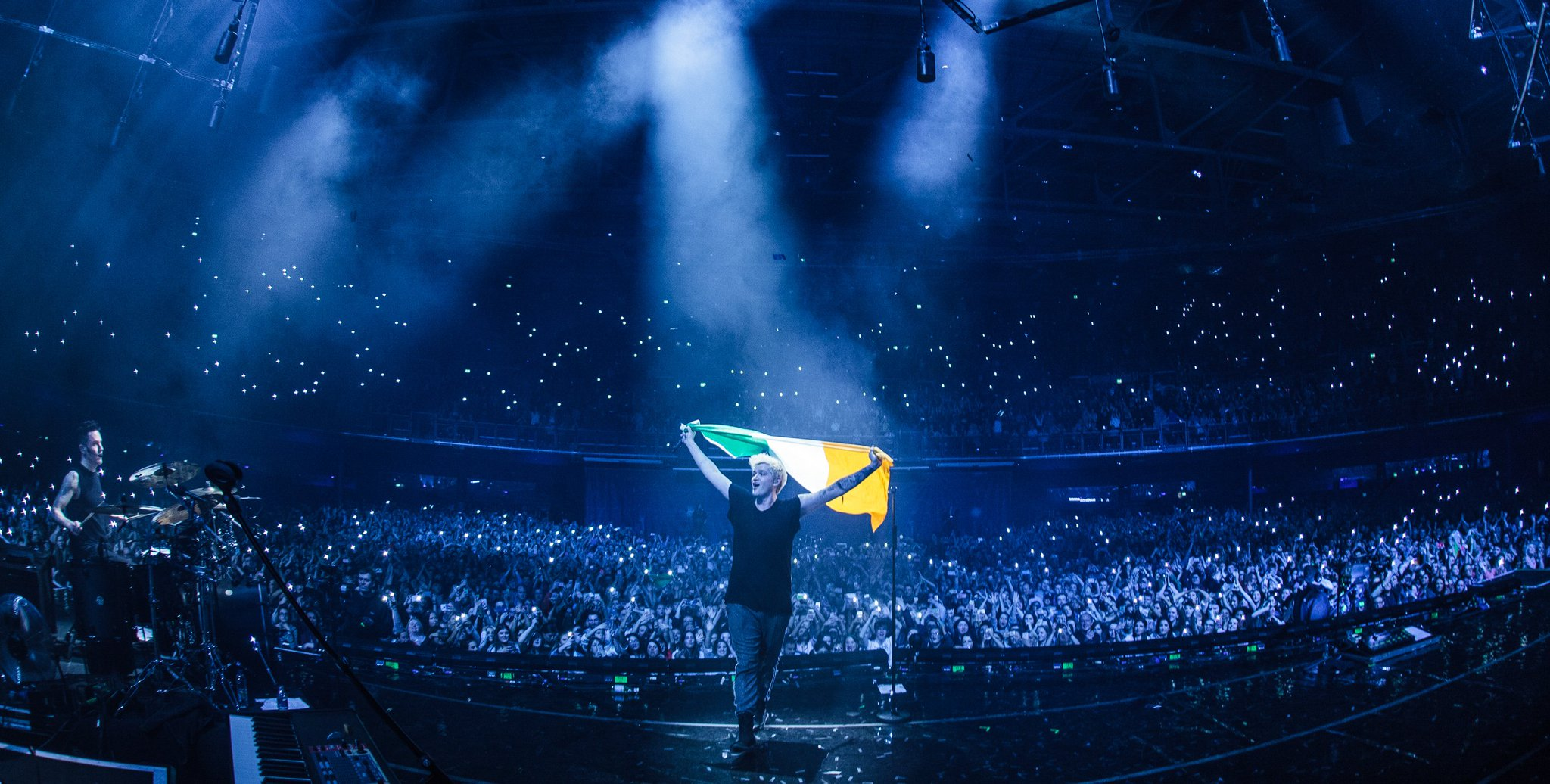 Dublin last night was nuts! ���� Friday night, who's ready for the show? #FreedomChildTour https://t.co/ymE2rKhBNw