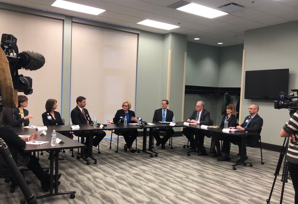 Great roundtable with emergency room doctors and community health centers about the costs of uninsured ER visits being passed on in higher ins premiums. And it was at St Luke's where I had all three of my babies! #KC https://t.co/pmiyJFw2tI