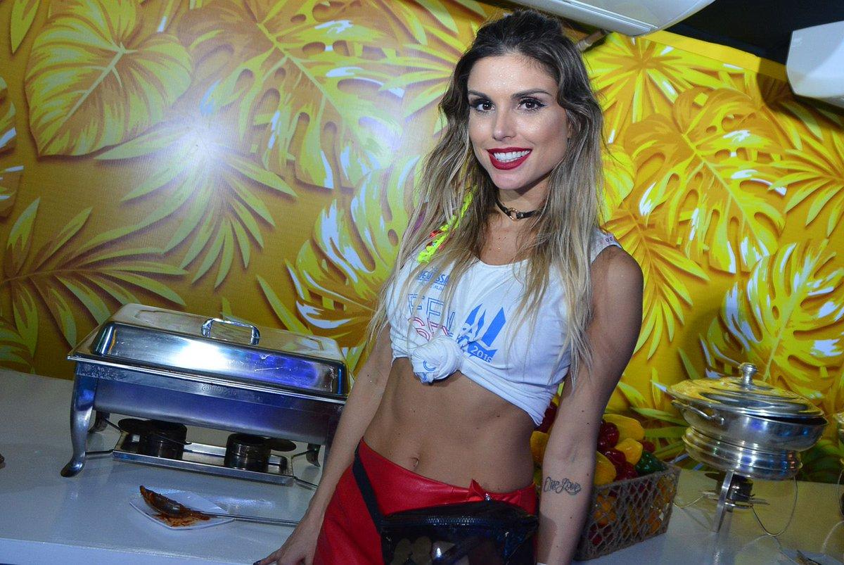 Flavia Viana. Foto do site da BN Holofote que mostra Ganhadora do reality 'A Fazenda', Flávia Viana declara: 'A ficha nem caiu ainda'