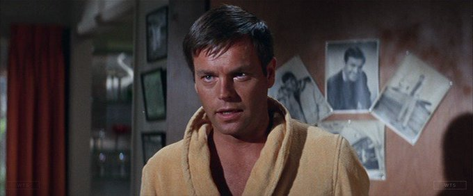 Robert Wagner is now 88 years old, happy birthday! Do you know this movie? 5 min to answer!