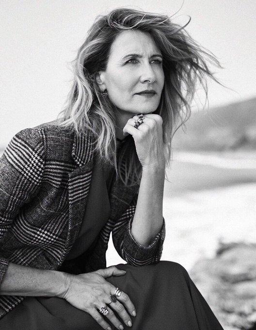 Happy Birthday to fellow Aquarian and queen of Instagram/my heart Laura Dern