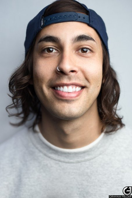 Happy Birthday Bossing Vic Fuentes.  Keep on rocking Dude!