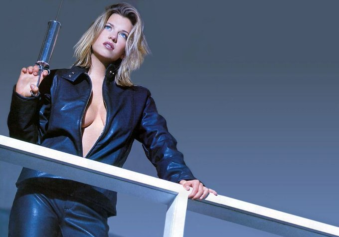 We wish a very happy birthday to Claire Goose! ¡Feliz cumpleaños
