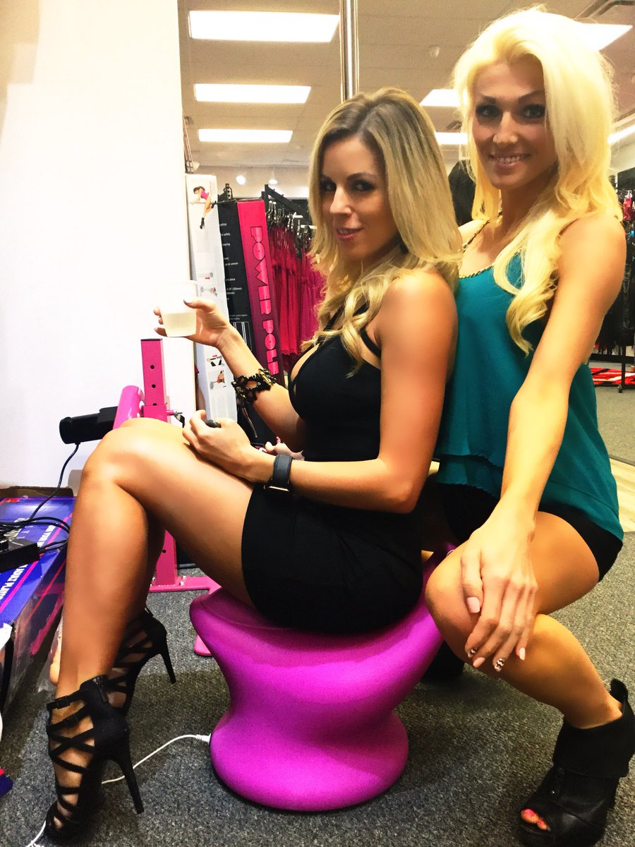 2 pic. had a blast at the New store Opening!!! OmljhywR6