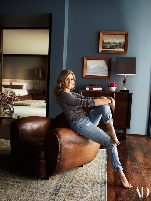 Happy birthday, Jennifer Aniston! Take a peek inside Jen\s stunning home in our March issue: