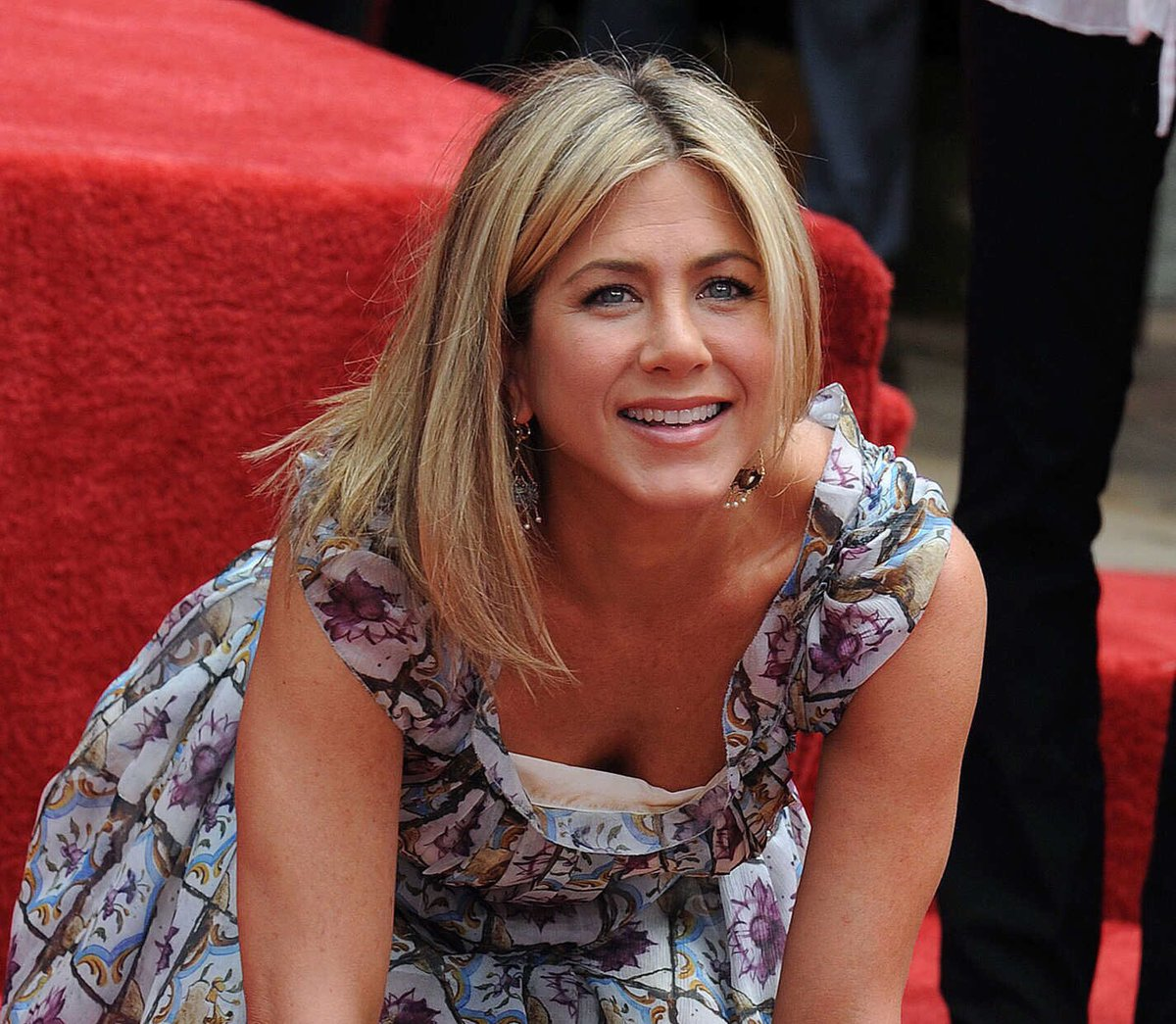 Happy 49th Birthday to Jennifer Aniston.