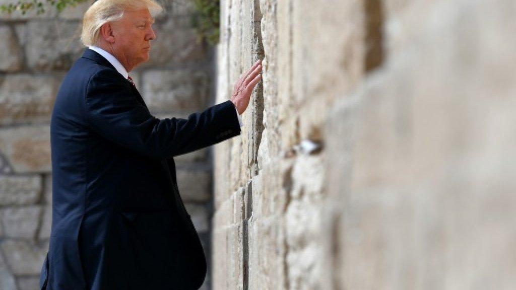 Trump says unsure Israel seeks peace with Palestinians