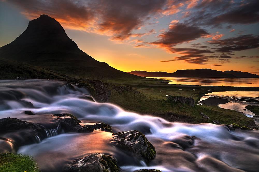 Snæfellsnes Peninsular Tour - amazing mountains  #iceland #kirkjufell #snæfellsness https://t.co/D08dcgfCr2 https://t.co/cqEmE2xHza