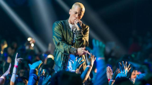 Eminem: Trump 'does not give a f-ck about anybody else in America' but his base https://t.co/Y6ffo1fXdd https://t.co/Jk1SFohoaC