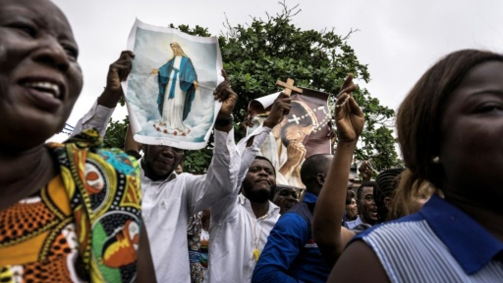 DR Congo ruling party supporters storm cathedral