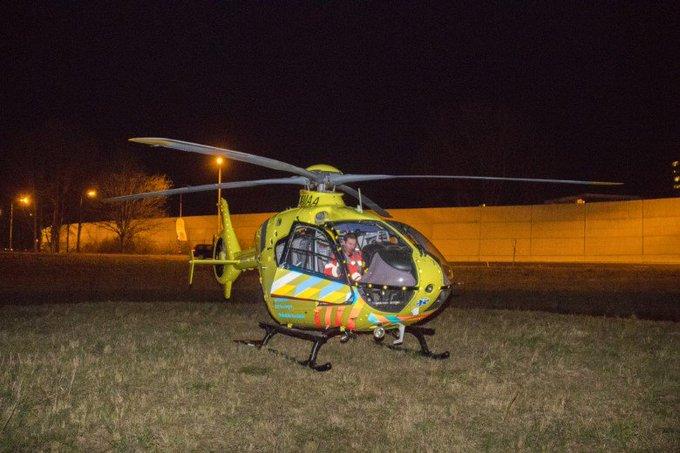 Schiedam; Traumahelikopter ingezet ter ondersteuning ambulance https://t.co/TfDIuFFYD5 https://t.co/N0scJej7yS