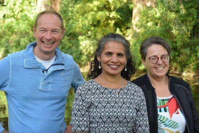 Voorjaarsexpositie van Wilma, Juliana en Jan Joop in Hofboerderij verlengd  https://t.co/m1kEpiisSi https://t.co/t93M3vebrA