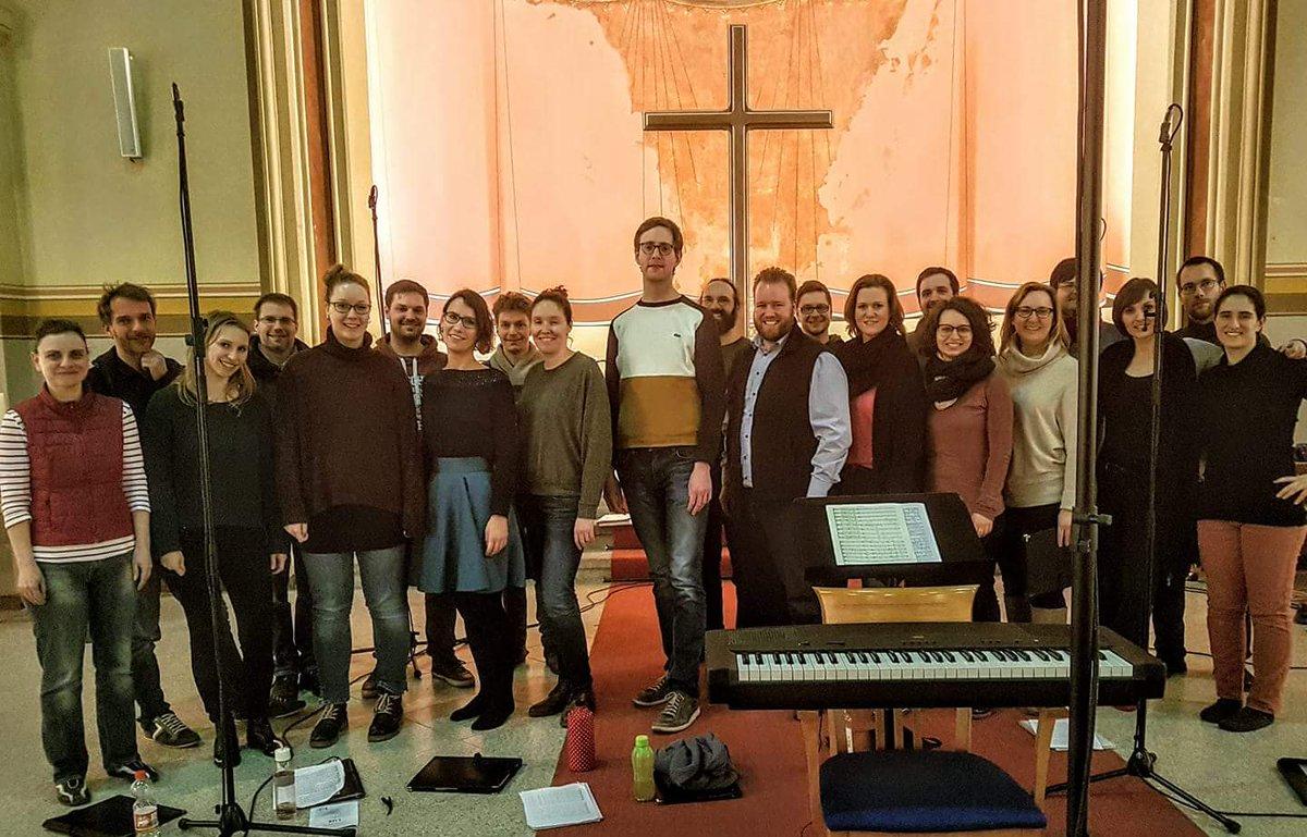 test Twitter Media - Gestern hatten wir eine tolle Aufnahmesession. Vielen Dank an meinen Kammerchor Vocantare Berlin! Außerdem Danke an Christoph Ritter, dass Du den weiten Weg auf Dich genommen hast, um Dein Stück mit uns lebendig werden zu lassen! https://t.co/qlYZRosdvq