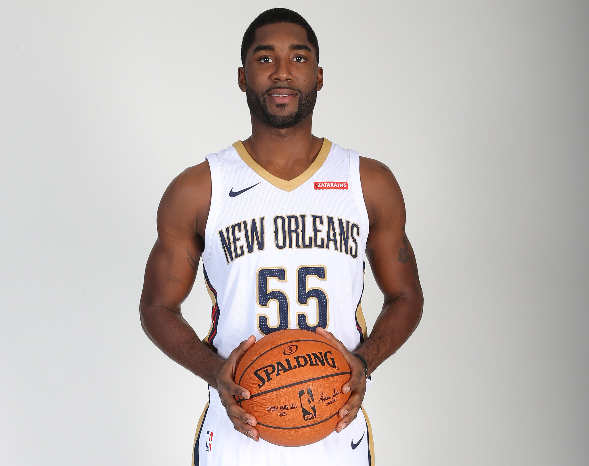 Join us in wishing @ETwaun55 of the @PelicansNBA a HAPPY 29th BIRTHDAY!   #NBABDAY #DoItBig https://t.co/0ams5X8JW8
