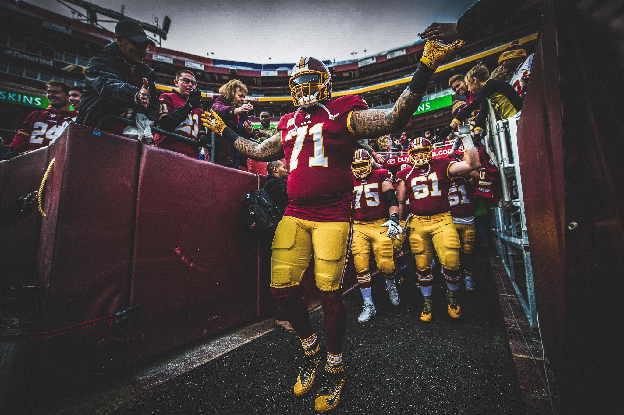 Missing Sunday football. #HTTR https://t.co/WtFwLUZ5nS