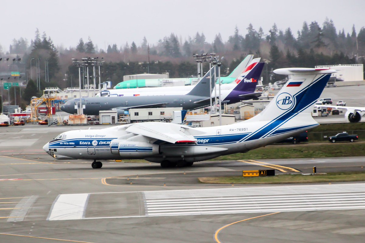 A Il 76 Arrived At Paine Field From Reykjavik This Morning Airplane Parts Delivering