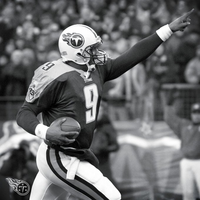The late, great Steve McNair would have been 45 today. Happy Birthday, No. 9.