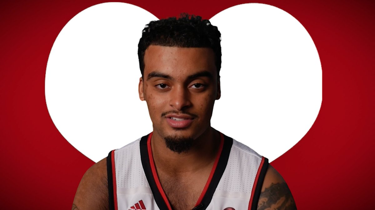 To: #CardNation From: @LouisvilleMBB  We hope you have a great #ValentinesDay! https://t.co/sE5UXJU9eH