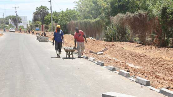 Sh1.1b Lamu road set for completion next year