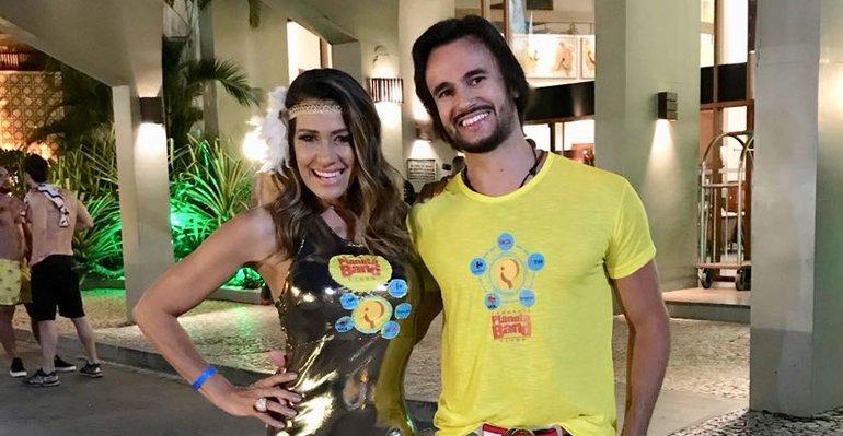 Curte Namorado. Foto do site da Caras Brasil que mostra Solange Frazão curte Salvador com o namorado. Veja mais fotos do casal