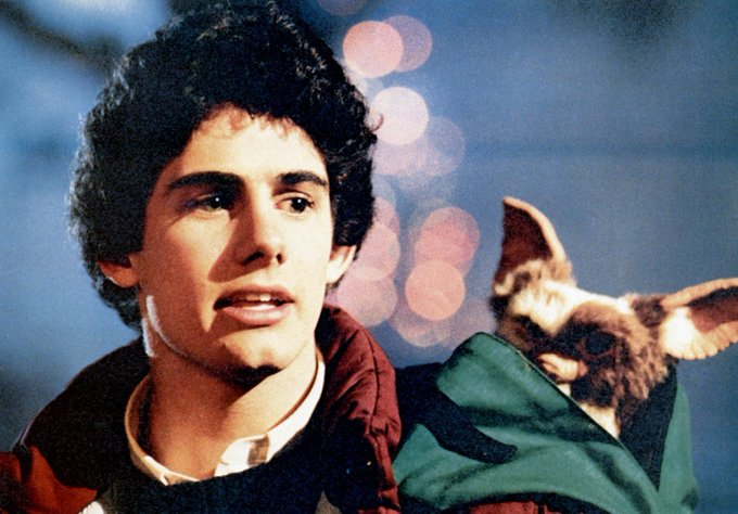Happy Birthday to Zach Galligan    Yes please to
