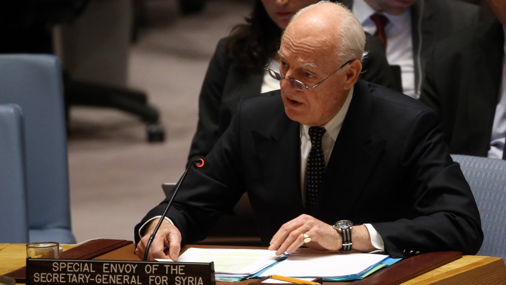 Civilians killed on horrific scale in Syria, says @UN UN special envoy Staffan de Mistura