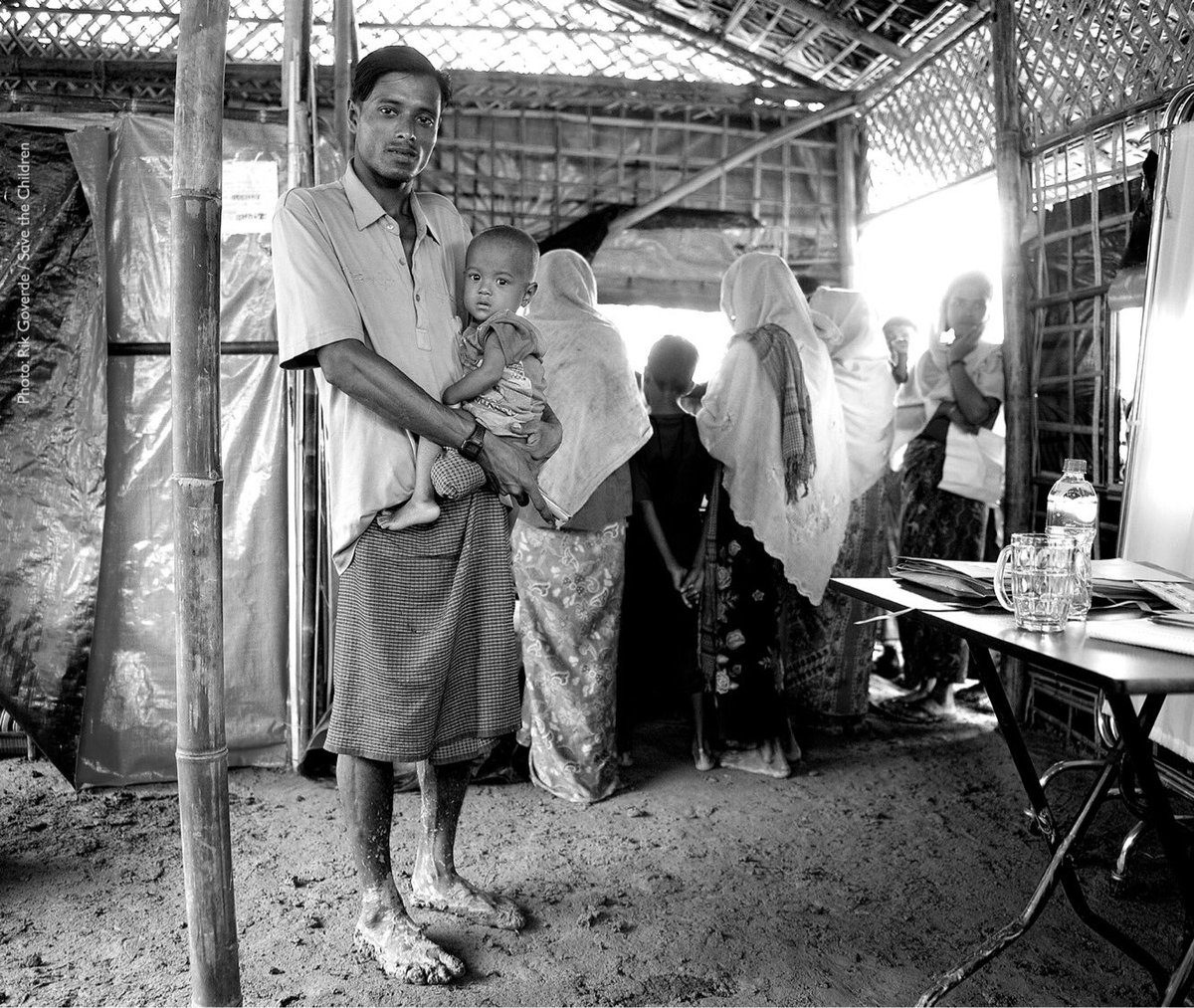 One ???? where we all ❤ our children. Please help. #Rohingya #Refugee @SavetheChildren  https://t.co/t2eJN244Jl https://t.co/9ZPwe5olJC