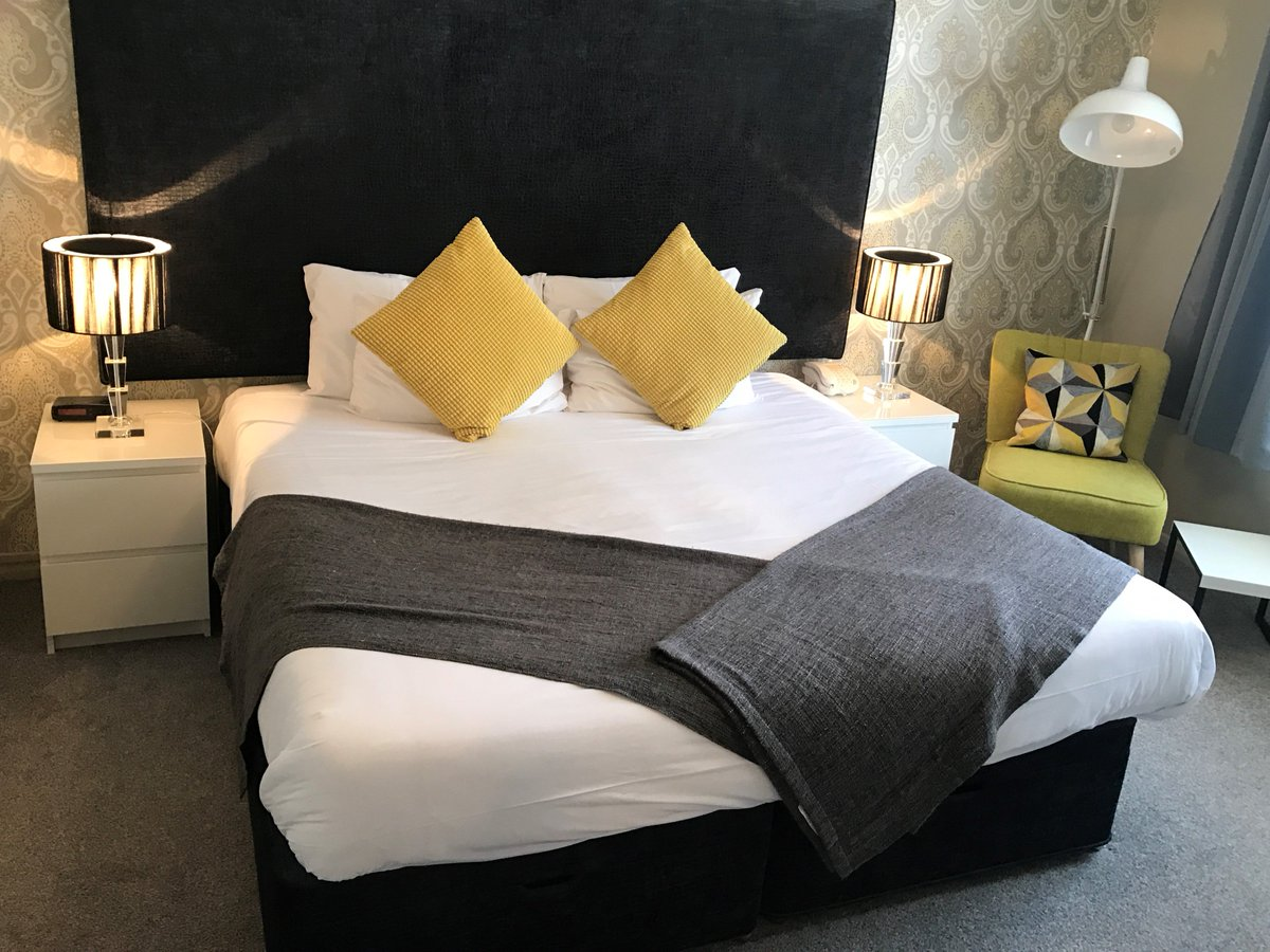 test Twitter Media - Come and enjoy the #NorthNorfolk coast this weekend, single Saturday night stays available in #Cromer from £80 B&B call 01263 512398 to book https://t.co/7Rbkhagpkt