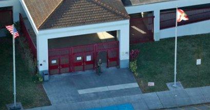 Florida school shooting: Hero football coach dies shielding students at high school  https://t.co/O8SWl6vSjG https://t.co/iQZojfPxno
