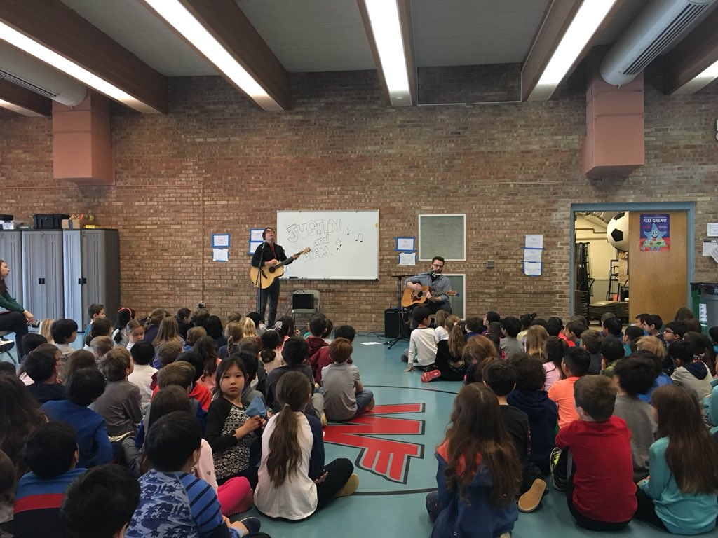 test Twitter Media - welcome to wescott @LiamDavis and @MusicianJustin   #d30learns - great way to start our day! https://t.co/ooGzWAPceh