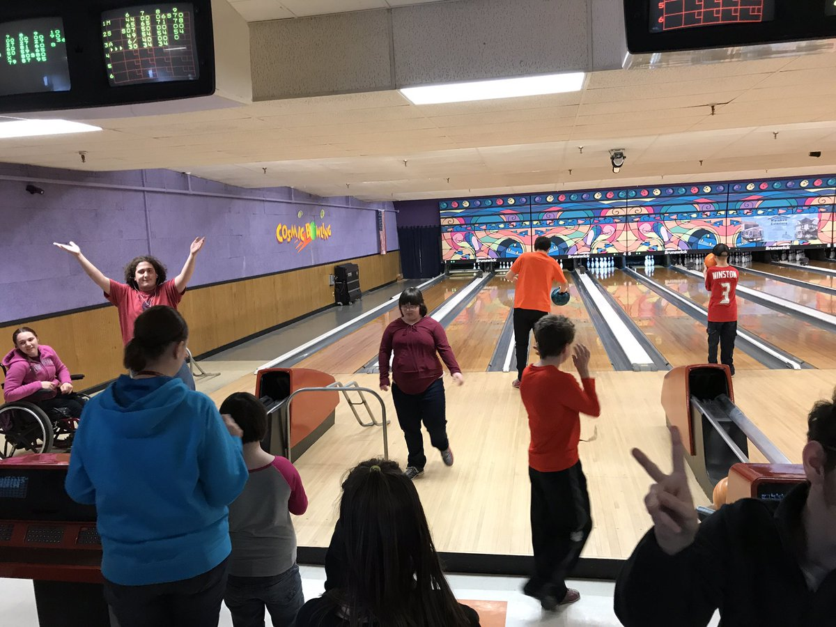 RT @RedswagonNHS: Practicing for the @SONYinfo upcoming bowling event! @NewarkAthletics #ncsdlearns https://t.co/7wOuQDu3j8