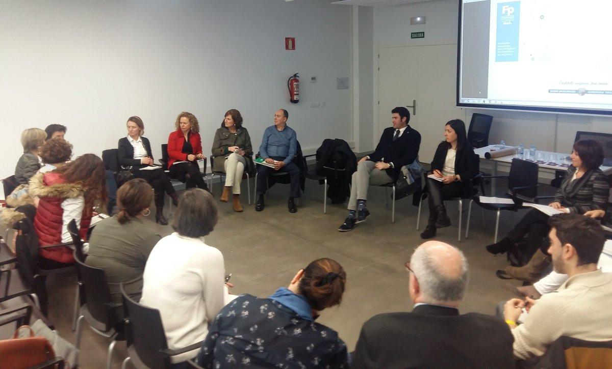 test Twitter Media - Grupos de trabajo del #NodoBio en #BicBizkaia : salud, con M. Pascual de Z. de #BasqueHealthCluster y Oltza Goitia de @BizkaiaEmpresa , alimentación con J.A. Egaña del @BasqueFoodClust y atención sociosanitaria, con @JCuberoHerr de @AESTE_oficial Gracias a todos!1 https://t.co/frBZUJ1sIW