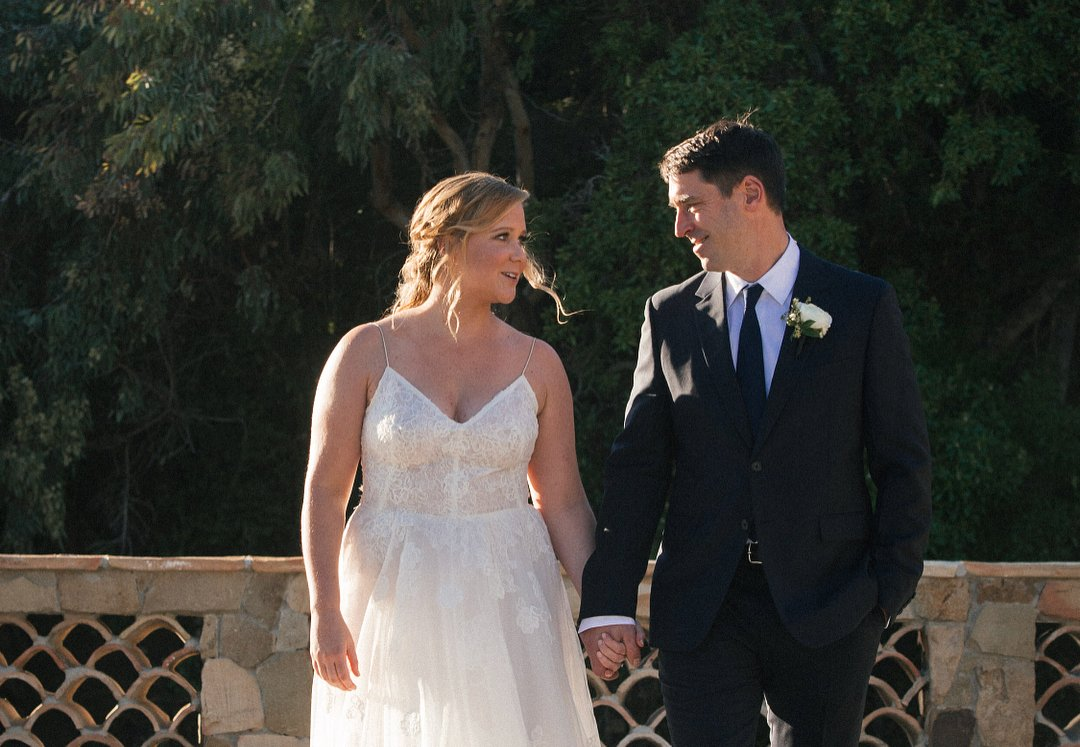 Amy Schumer just married an acclaimed Massachusetts chef