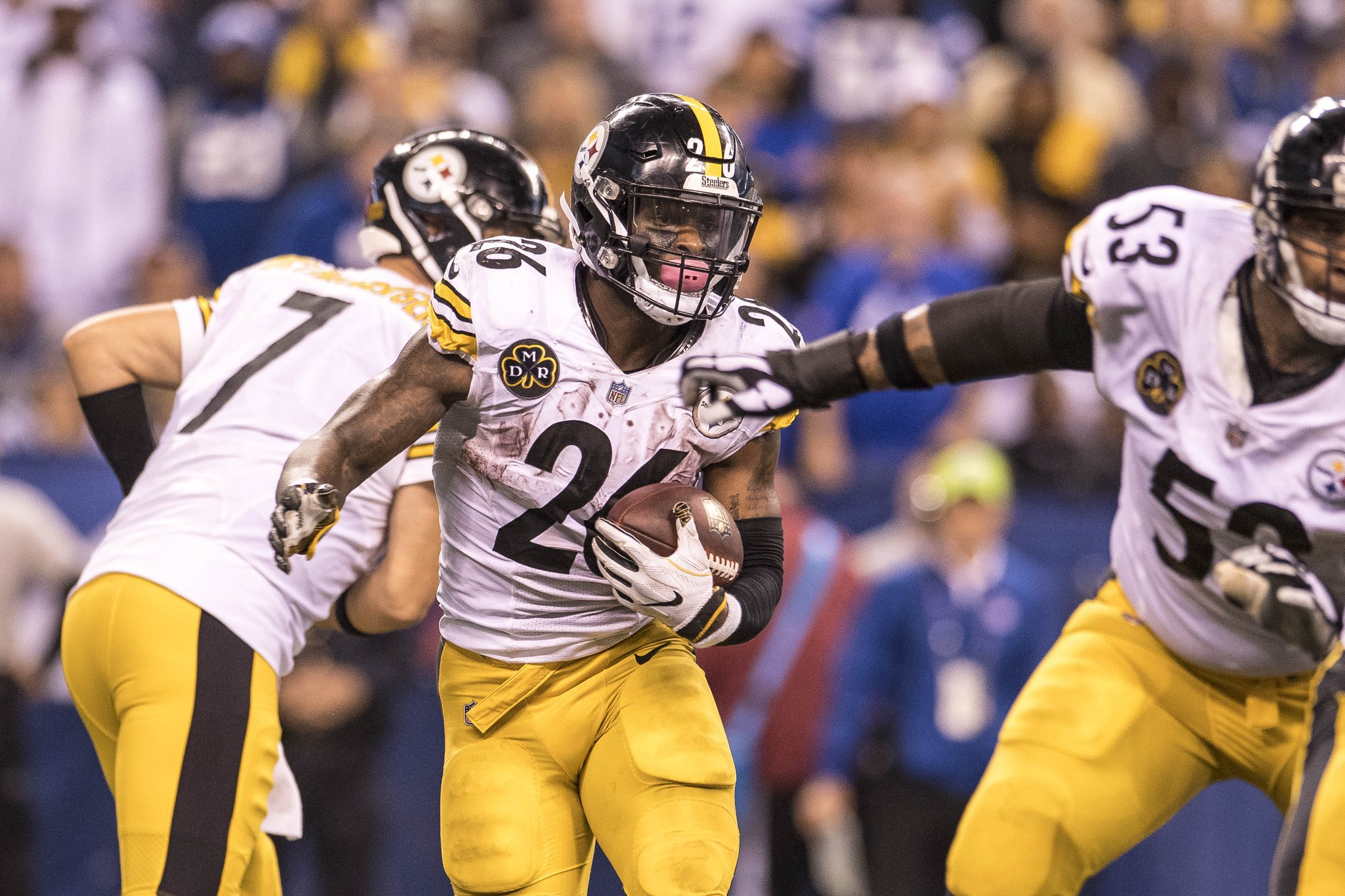 GM Kevin Colbert reiterates the team's desire to sign Le'Veon Bell.  READ: https://t.co/wfbObmdLug https://t.co/tSzX109v3A