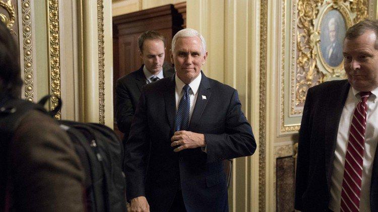 Pence to tour border, raise money in 2-day Texas trip