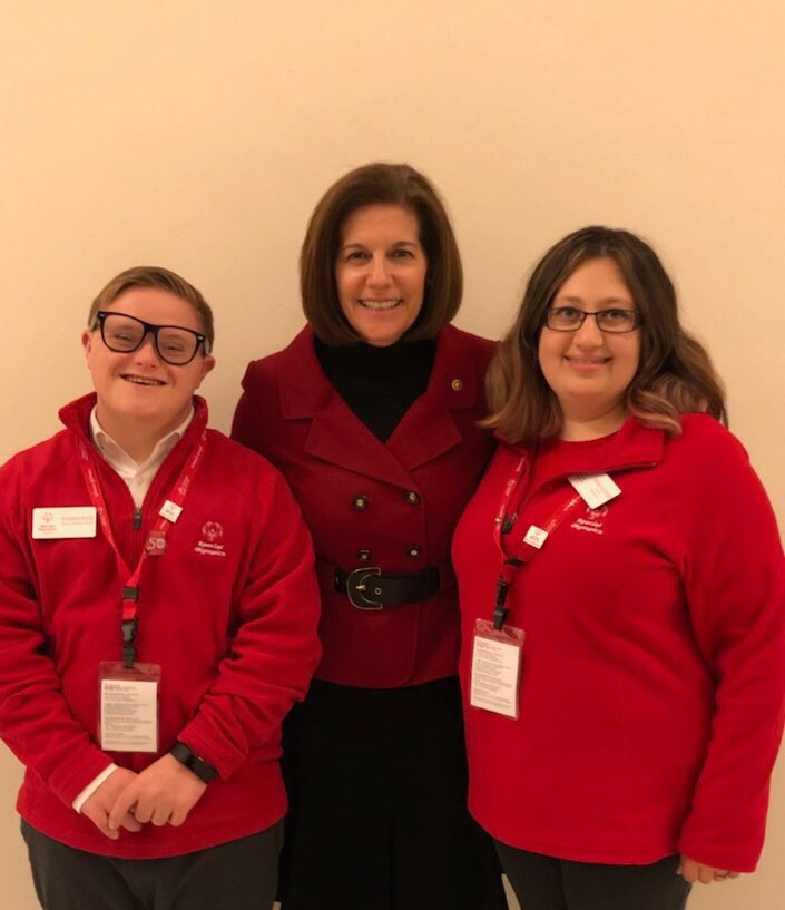 Big thanks to @SenCortezMasto for meeting with our #SOHillDay ambassadors & chatting about the impacts of @SpecialOlympics! https://t.co/HtjWeVKmD8