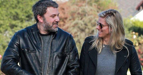 Ben Affleck and Lindsay Shookus spent Valentine's Day doing a little house hunting:
