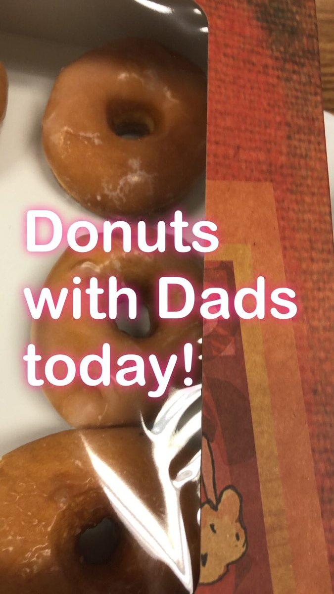 Donuts with Dads today! #hornetsr2 #cehornets https://t.co/C3JMSfu7Wt