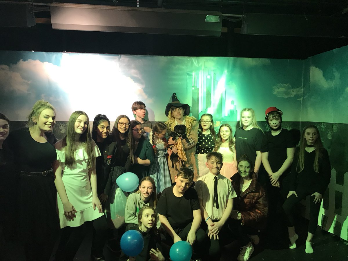 test Twitter Media - Well done to all the cast & Dave the pub for the brilliant performances of The Wizard of Oz this week! #thewizardofoz https://t.co/PRIyKaEE2e